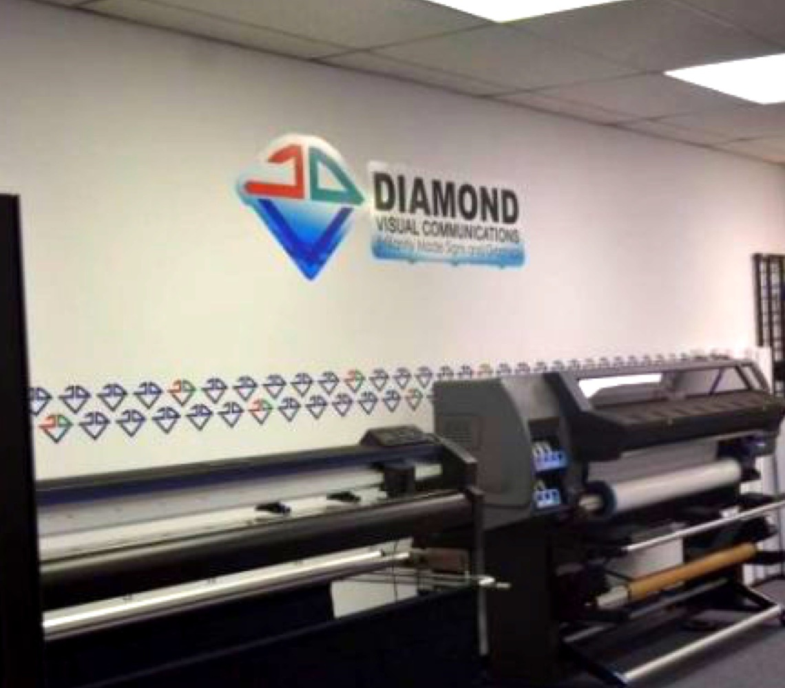 Diamond Signs Bantex